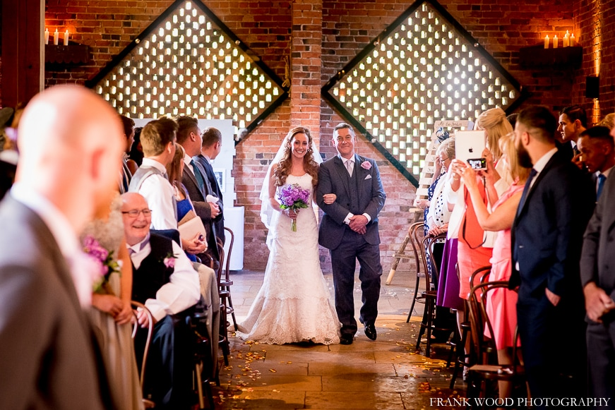shustoke-barn-wedding-photographer023