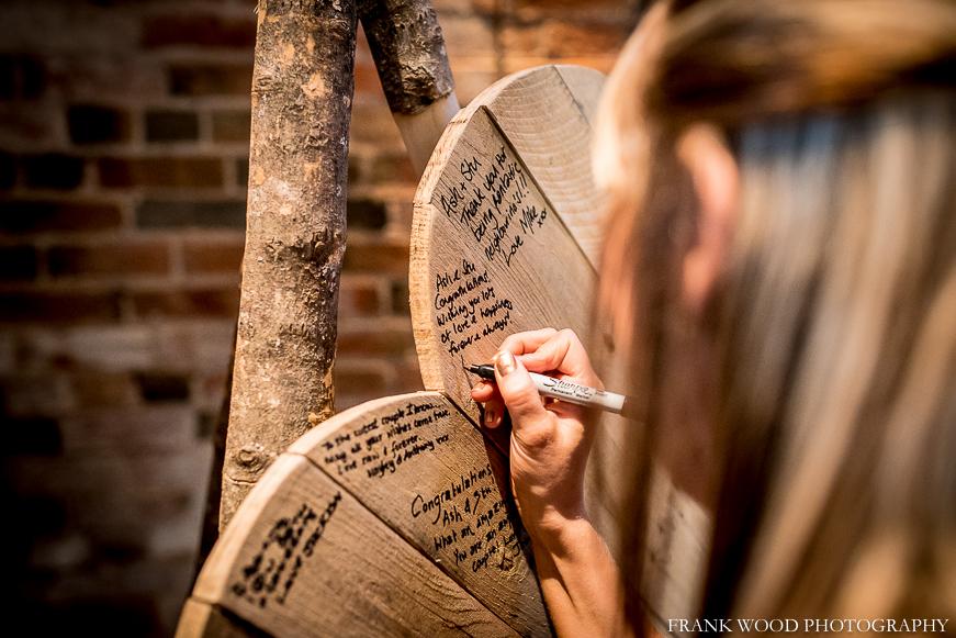 shustoke-barn-wedding-photographer038