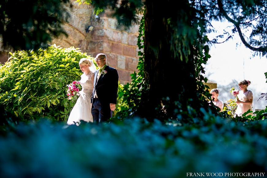 birtsmorton-court-wedding-photographer-022